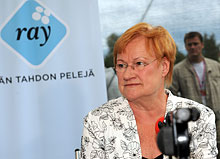 Presidentti Halosen mukaan suomalaiset ovat auttamishaluisia. Kuva   Lehtikuva bd30a3244b