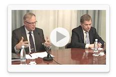 Katso presidentti Niinistön ja ministeri Ihalaisen tiedotustilaisuus