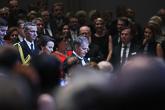 Juhlakonsertti alkamassa, presidenttipari saapui Tampere-talon Isoon saliin viimeisenä.