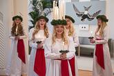 Tämän vuoden Suomen Lucia on 19-vuotias Vanessa Eriksson Ahvenanmaalta. Copyright © Tasavallan presidentin kanslia
