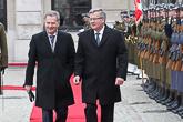 Vastaanottoseremoniat presidentinlinnan edessä Varsovassa. Copyright © Tasavallan presidentin kanslia