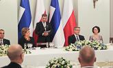 Presidentti Niinistö puhuu valtiovierailun päivällisillä Varsovassa 31.3.2015. Copyright © Tasavallan presidentin kanslia