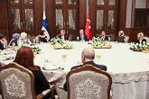 Presidentti Erdoğanin tarjoamalla virallisella päivällisellä. Copyright © Tasavallan presidentin kanslia