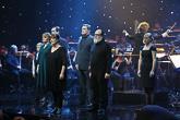 Kättelyn jälkeen Tampere-talon isossa salissa alkoi itsenäisyyspäivän juhlakonsertti. Lähes tunnin kestänyt konsertti oli matka suomalaiseen mielenmaisemaan musiikin ja kirjallisuuden siivin. Copyright © Tasavallan presidentin kanslia