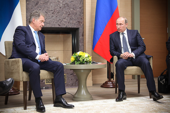 President Sauli Niinistö and President of Russia Vladimir Putin in Moscow in March 2016.