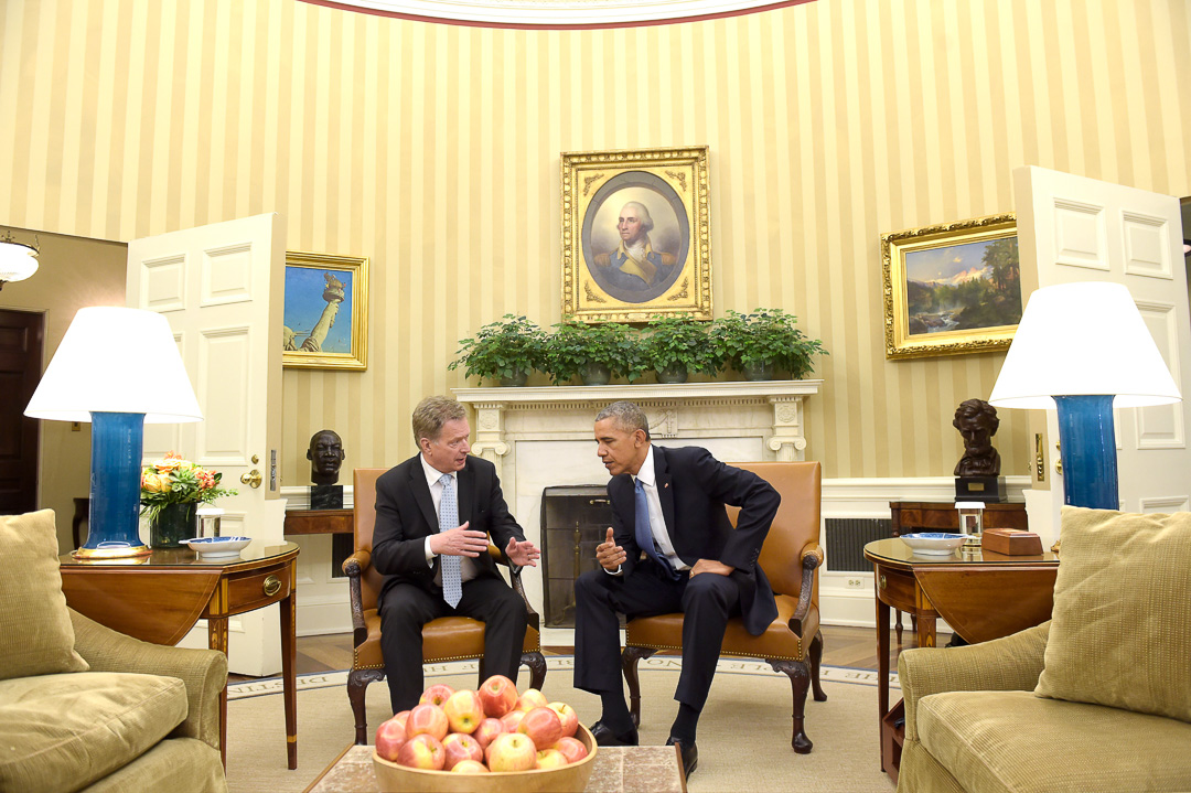 President Niinistö and President Obama discuss in the Oval Office. Photo: Office of the President of the Republic of Finland<br/>