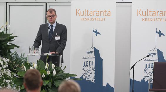 """<div class=""""kuvitus3""""><br/><div class=""""kuvituskuva""""><br/>Pääministeri Juha Sipilä avasi keskustelun Suomen haasteista. Copyright © Tasavallan presidentin kanslia"""