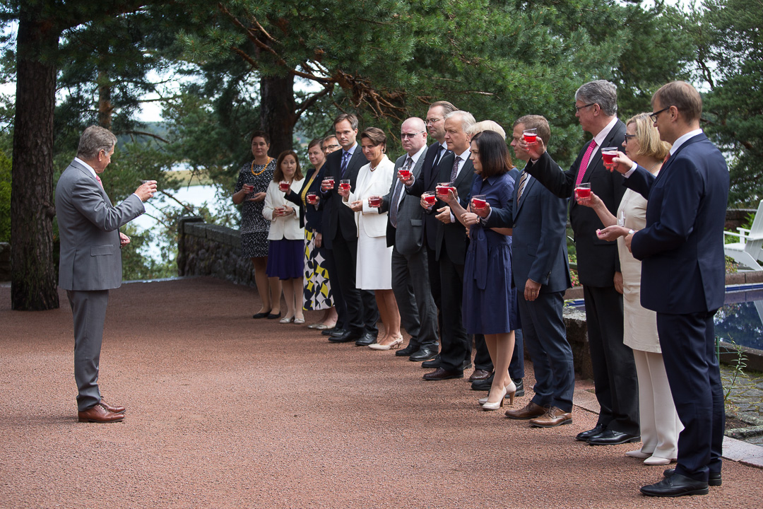 Tasavallan presidentin esittely järjestettiin Kultarannassa. Kuva: Matti Porre/Tasavallan presidentin kanslia