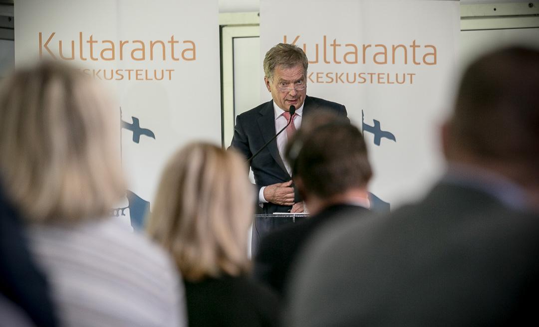 Presidentti Niinistö päätti vuoden 2016 Kultaranta-keskustelut. Kuva: Matti Porre/Tasavallan presidentin kanslia