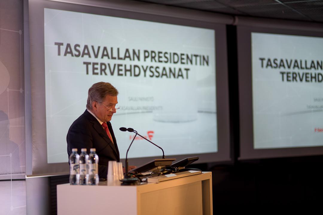 Avaussanoissaan presidentti Niinistö korosti, että tietoisuuden pitää kehittyä samaa tahtia tietotekniikan kanssa. Kuva: Ville Erkkilä/Kiehu Creative Oy
