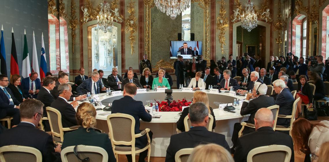 Itävallan liittopresidentti Alexander Van der Bellen esitteli aloitteen syyskuussa 2018 järjestetyssä eurooppalaisten presidenttien Arraiolos-tapaamisessa Riiassa. Kuva: Matti Porre/Tasavallan presidentin kanslia