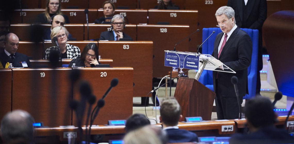 Presidentti Niinistö puhui Euroopan neuvoston parlamentaarisen yleiskokouksen täysistunnossa. © Council of Europe / Candice Imbert