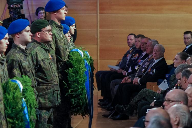Seppelpartio lähetettiin pääjuhlasta muistomerkeille. Kuva: Elina Saarela / Kuopion kaupunki