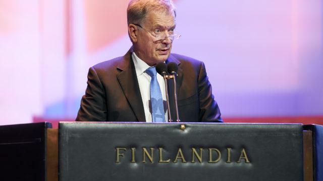 Presidentti Niinistö puhui Finlandia-talolla järjestetyssä juhlassa. Kuva: Kimmo Räisänen / Ulkoministeriö