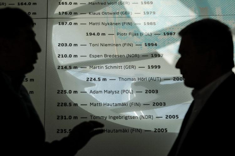 Suomalaisista ME-hypyt ovat Planican lentomäessä leiskauttaneet Matti Nykänen, Toni Nieminen ja Matti Hautamäki. Kuva: Matti Porre/Tasavallan presidentin kanslia