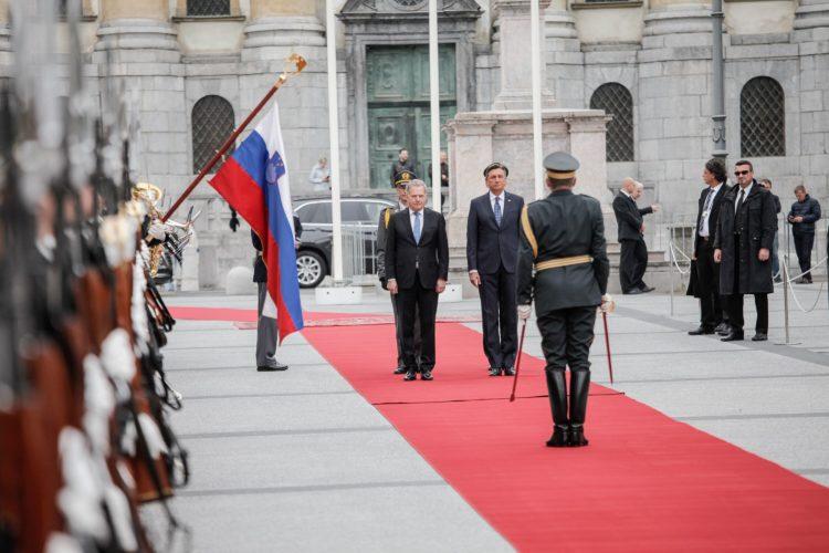Vastaanottoseremoniat Ljubljanassa. Kuva: Matti Porre /Tasavallan presidentin kanslia