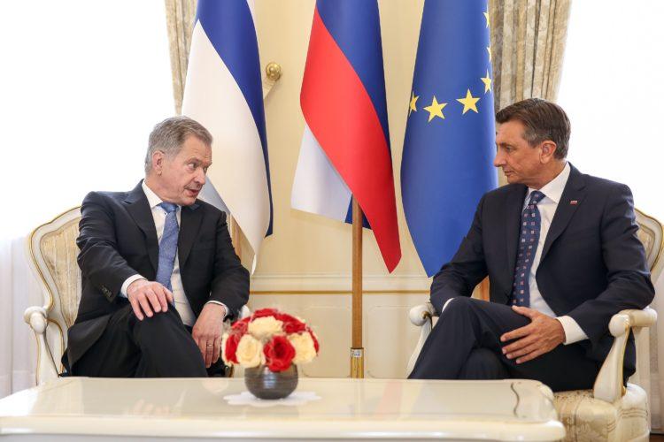Turvallisuuspolitiikkaan ja Euroopan tulevaisuuteen liittyvät kysymykset olivat esillä presidentti Niinistön ja presidentti Pahorin keskusteluissa. Kuva: Matti Porre /Tasavallan presidentin kanslia