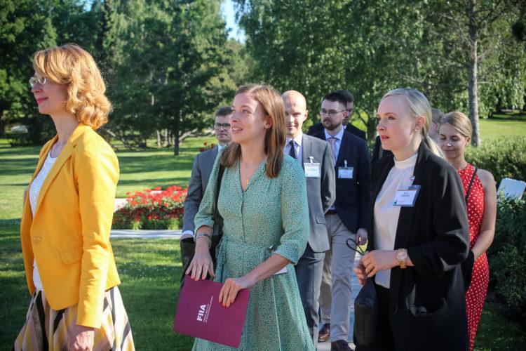 Kultaranta-keskustelujen avauspäivä sunnuntaina 16. kesäkuuta 2016.  Kuva: Juhani Kandell/Tasavallan presidentin kanslia