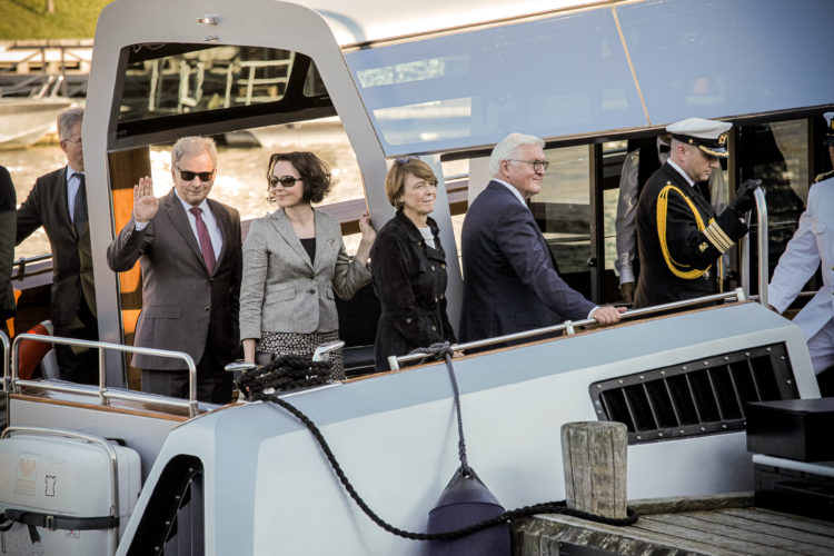 President Sauli Niinistö, Mrs Jenni Haukio, Federal President of Germany Frank-Walter Steinmeier and Mrs Elke Büdenbender traveled to Turku by Kultaranta VIII boat on 15 June 2019.  
