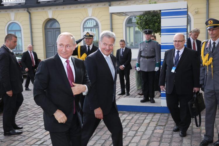 Presidentti Sauli Niinistö vastaanotti Venäjän presidentti Vladimir Putinin työvierailulle Suomeen. Kuva: Juhani Kandell/Tasavallan presidentin kanslia