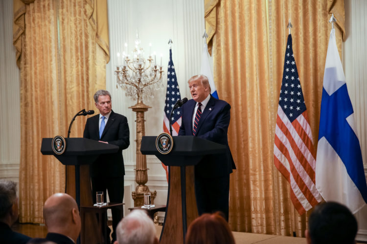 Presidentti Niinistön ja presidentti Trumpin yhteinen tiedotustilaisuus Valkoisen talon East Roomissa. Kuva: Matti Porre/Tasavallan presidentin kanslia