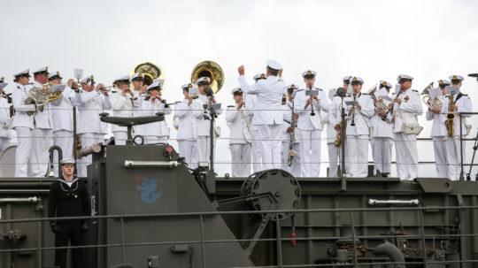 Marinen firade sin årsdag med att salutera republikens president Sauli Niinistö på Gullranda torsdagen den 9 juli.