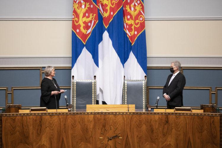 Riksdagens talman Anu Vehviläinen håller sitt svarsanförande. Foto: Hanne Salonen/Riksdagen