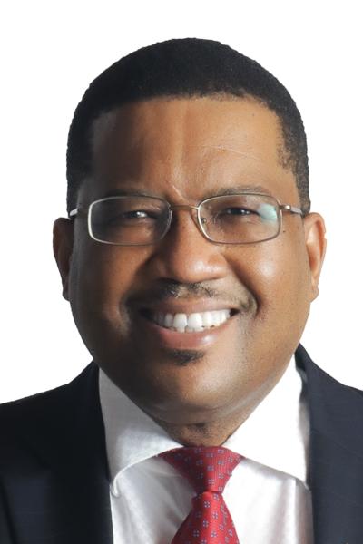 Namibian suurlähettiläs Charles Josob